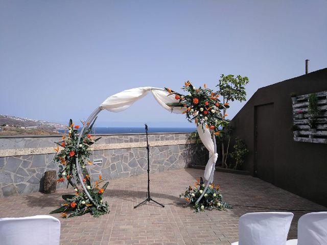 La boda de Alberto y Cathaysa en Candelaria, Santa Cruz de Tenerife 11
