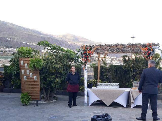 La boda de Alberto y Cathaysa en Candelaria, Santa Cruz de Tenerife 12