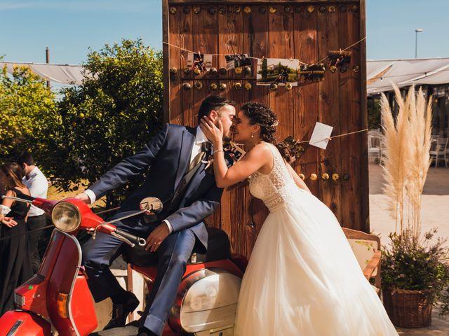 La boda de Juan Carlos y Laura en San Juan De Alicante, Alicante 23