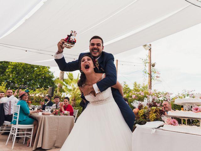 La boda de Juan Carlos y Laura en San Juan De Alicante, Alicante 34