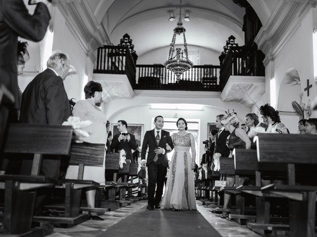 La boda de Rosa y Omar en Chiclana De La Frontera, Cádiz 20