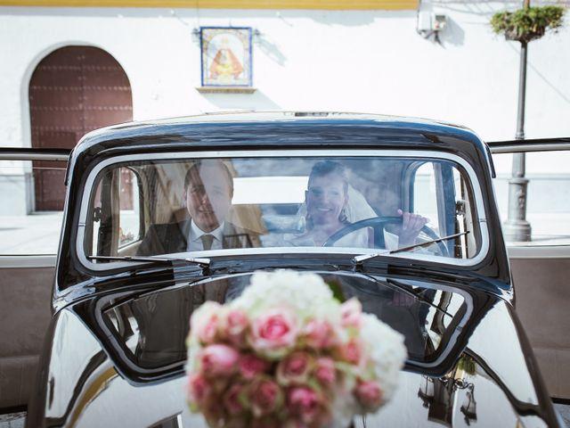 La boda de Rosa y Omar en Chiclana De La Frontera, Cádiz 26