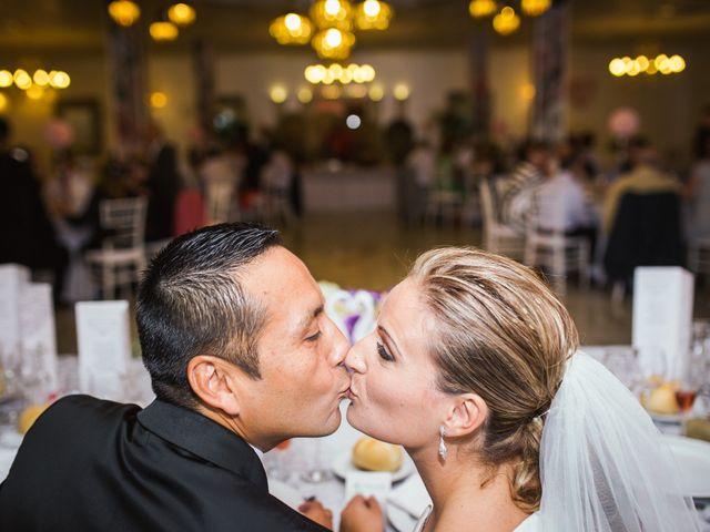 La boda de Rosa y Omar en Chiclana De La Frontera, Cádiz 36