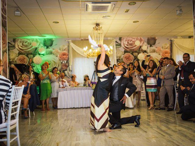 La boda de Rosa y Omar en Chiclana De La Frontera, Cádiz 38
