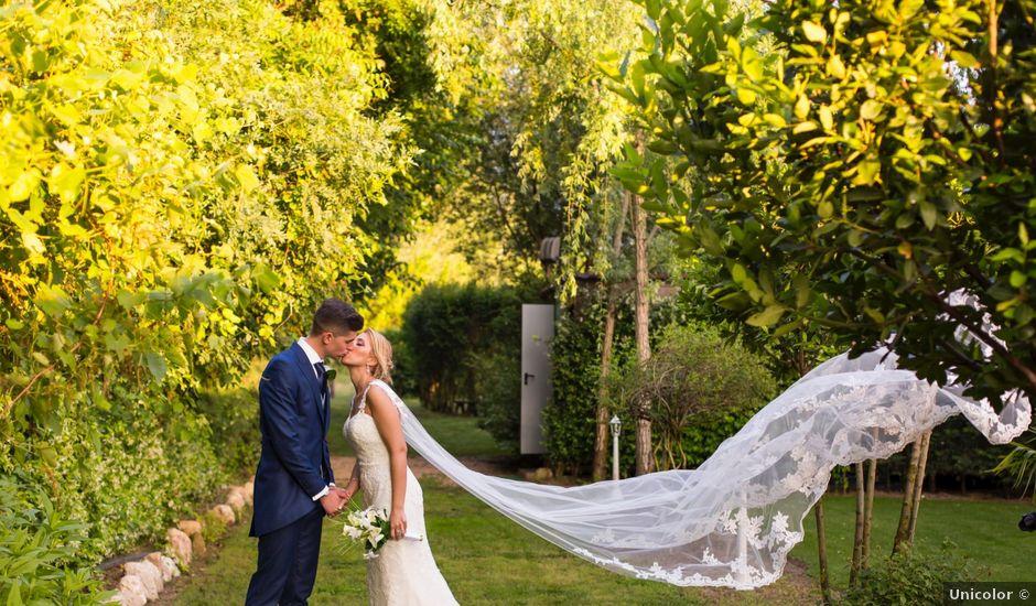 La boda de Oscar y Ana en Aldea Del Fresno, Madrid
