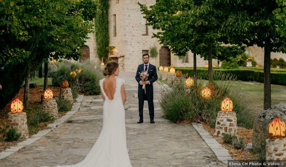 La boda de Silvia y Pablo en Mangiron, Madrid