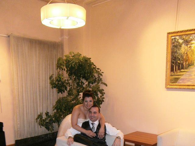 La boda de Mishael y Wilmary en Vitoria-gasteiz, Álava 15