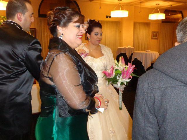 La boda de Mishael y Wilmary en Vitoria-gasteiz, Álava 20