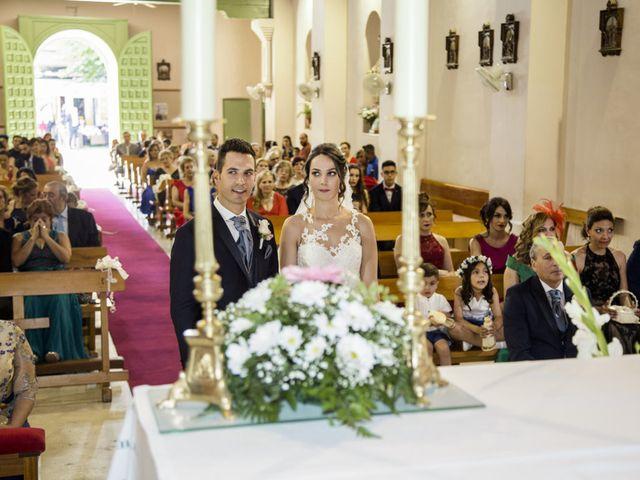 La boda de Diego y María José en Torrejon De Velasco, Madrid 19