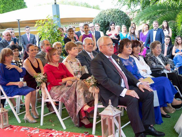 La boda de Ivan y Diana en Oviedo, Asturias 18