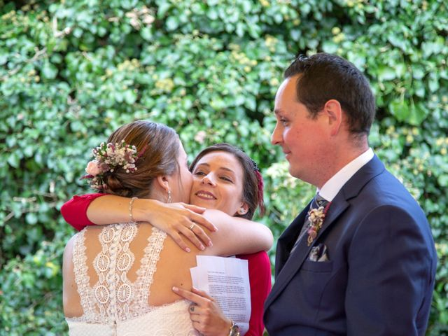 La boda de Ivan y Diana en Oviedo, Asturias 19