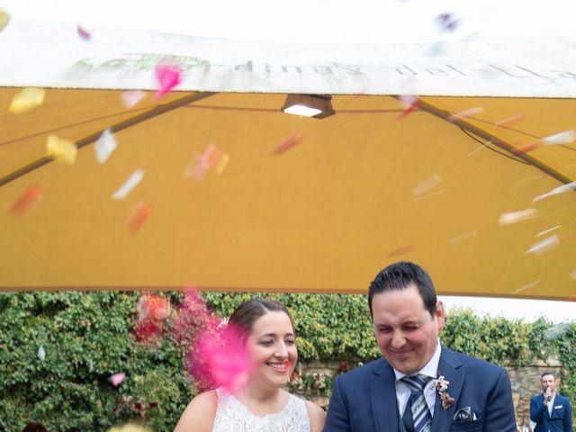 La boda de Ivan y Diana en Oviedo, Asturias 23