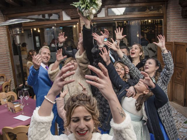 La boda de Viky y Ivan en Ocaña, Almería 114