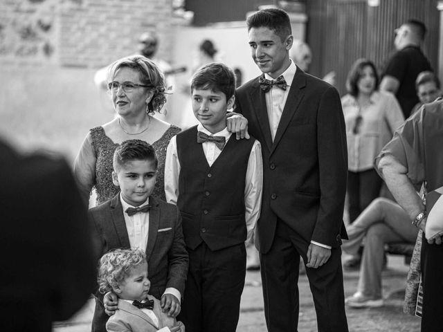 La boda de Davinia y Iván en Velilla De San Antonio, Madrid 21