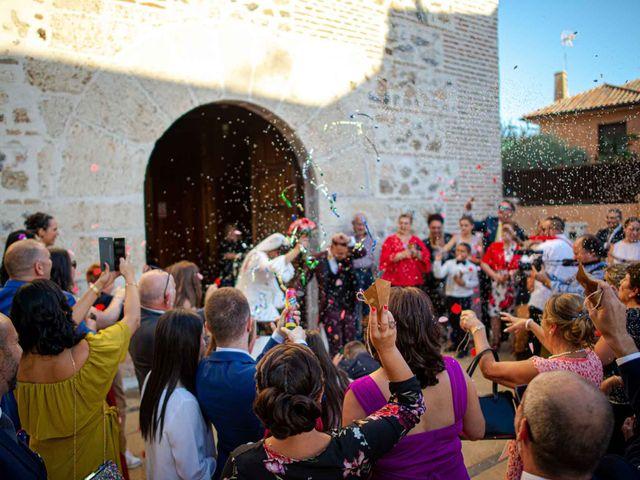 La boda de Davinia y Iván en Velilla De San Antonio, Madrid 43