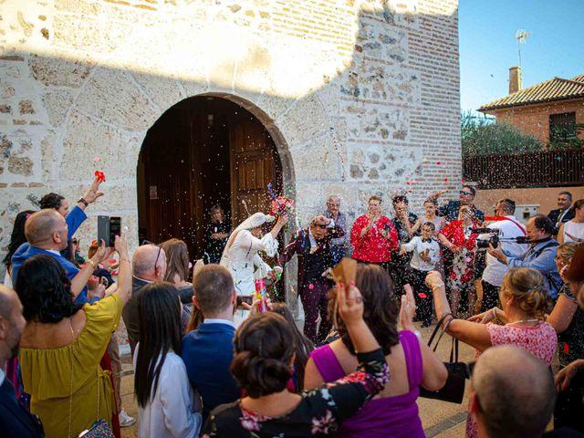 La boda de Davinia y Iván en Velilla De San Antonio, Madrid 44