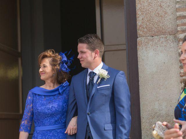 La boda de Guille y Mari Carmen en Pedrajas De San Esteban, Valladolid 16