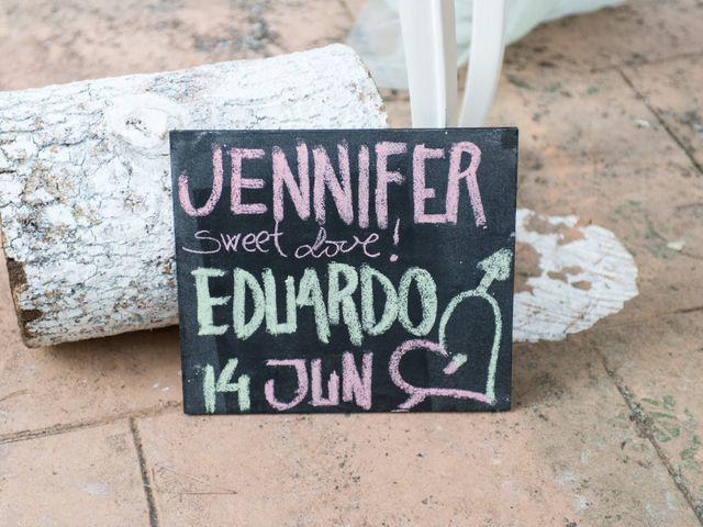 La boda de Eduardo y Jennifer en Saelices, Cuenca 18