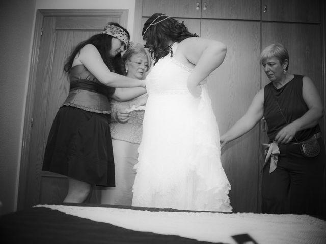La boda de Sonia y Juanma en Madrigal De La Vera, Cáceres 21
