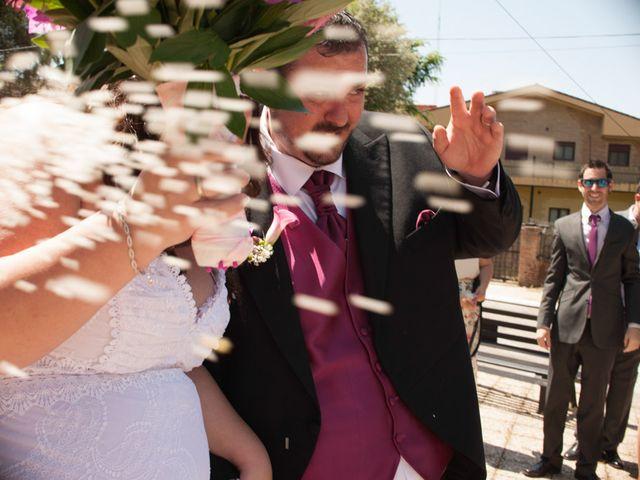 La boda de Sonia y Juanma en Madrigal De La Vera, Cáceres 31