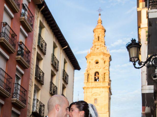 La boda de Jairo y Mamen en Logroño, La Rioja 20