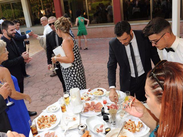 La boda de Javi y Barbara en Sant Vicenç De Montalt, Barcelona 36