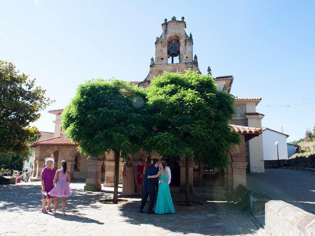 La boda de Javier y Beatriz en Mijares, Cantabria 18