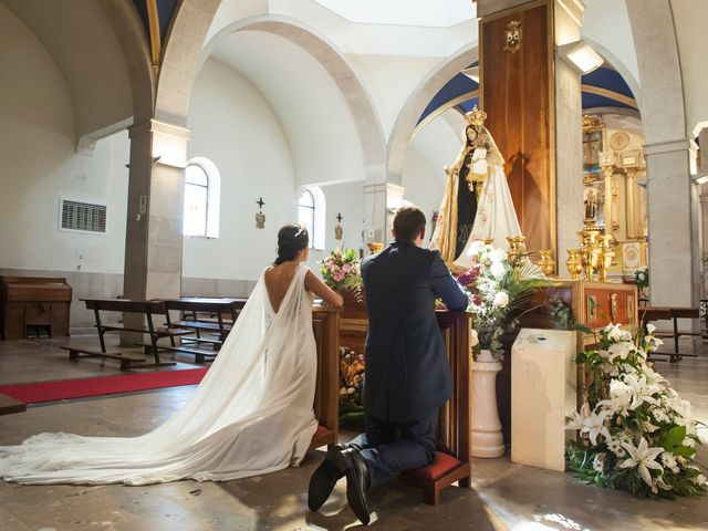 La boda de Javier y Beatriz en Mijares, Cantabria 13