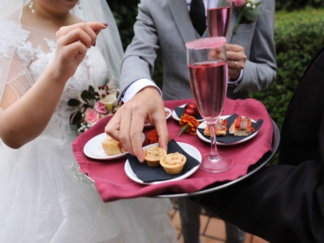 La boda de YONG ZUO  y XUENI DI en Barcelona, Barcelona 12