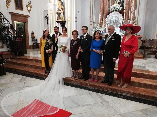 La boda de Miguel y Isabel en Sevilla, Sevilla 1