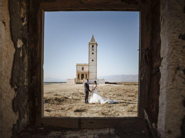 La boda de Jose y Cynthia en La Curva, Almería 65