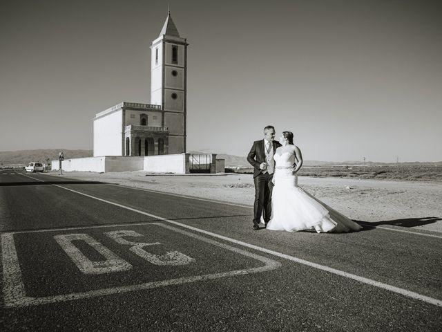 La boda de Jose y Cynthia en La Curva, Almería 66