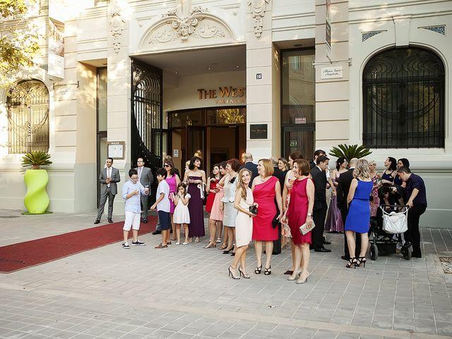 La boda de Ramón y Mireia en Valencia, Valencia 23