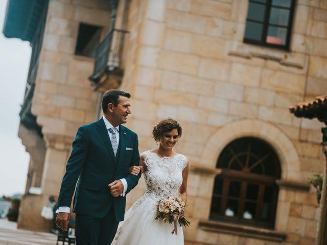 La boda de José y Andrea en Gijón, Asturias 33