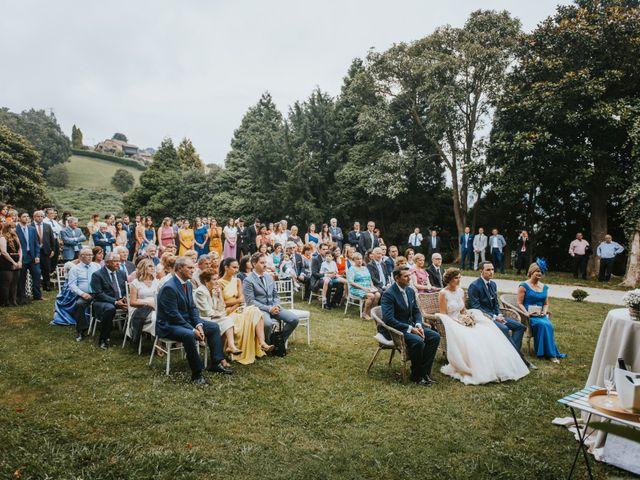 La boda de José y Andrea en Gijón, Asturias 44