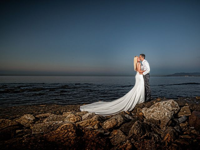 La boda de Fernando y Vanesa en Fuengirola, Málaga 1