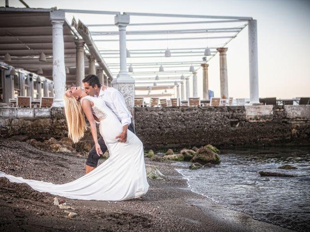 La boda de Fernando y Vanesa en Fuengirola, Málaga 28