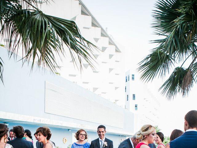La boda de Fernando y Vanesa en Fuengirola, Málaga 44