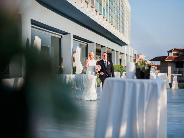 La boda de Fernando y Vanesa en Fuengirola, Málaga 46
