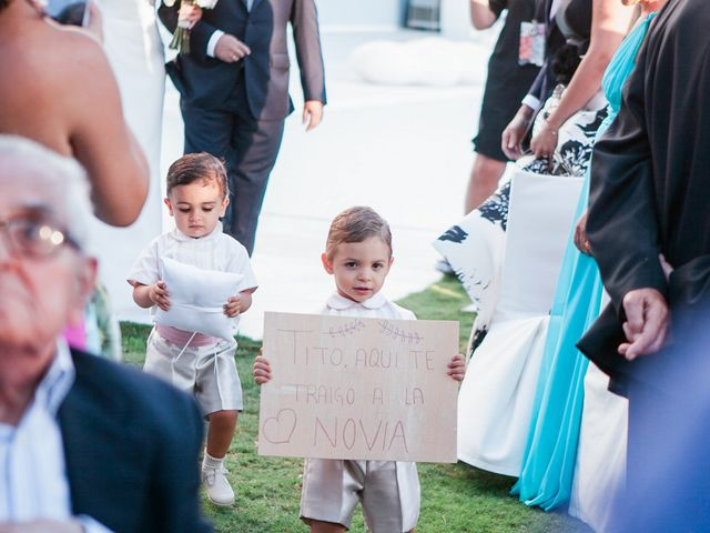 La boda de Fernando y Vanesa en Fuengirola, Málaga 48