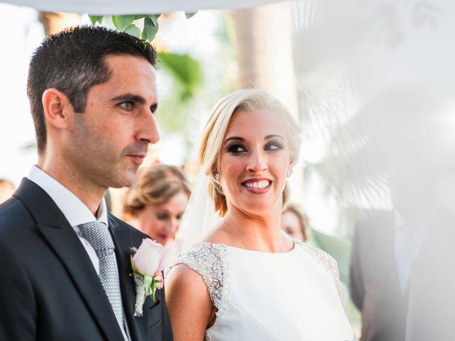 La boda de Fernando y Vanesa en Fuengirola, Málaga 50