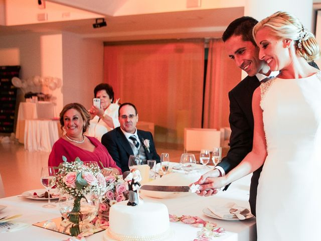La boda de Fernando y Vanesa en Fuengirola, Málaga 63