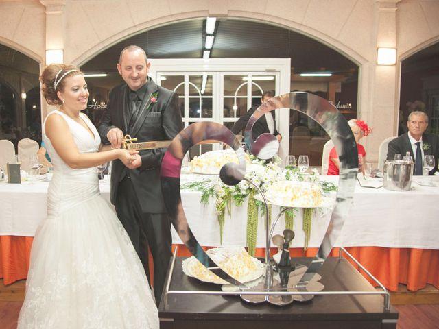 La boda de Luis y Leticia en La Bañeza, León 23