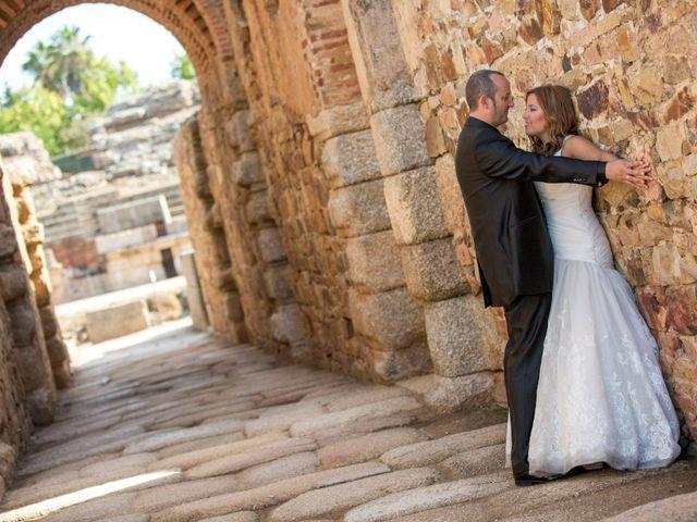 La boda de Luis y Leticia en La Bañeza, León 28