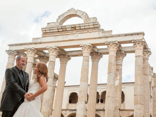 La boda de Luis y Leticia en La Bañeza, León 34