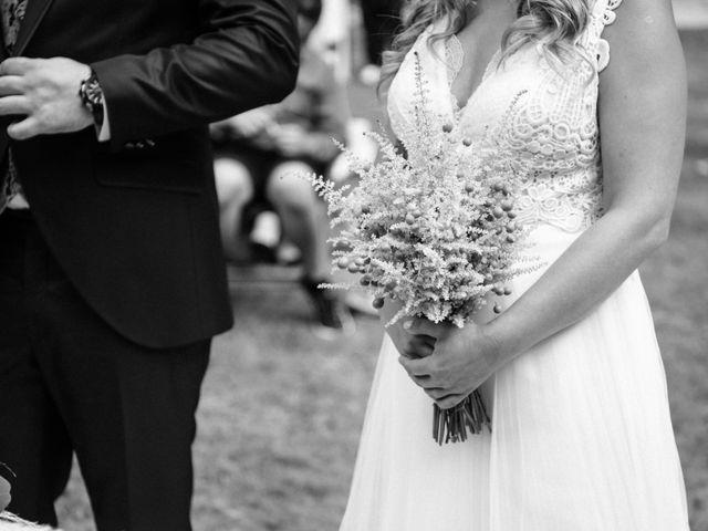 La boda de Anxo y Nahiara en Gondomar, Pontevedra 51