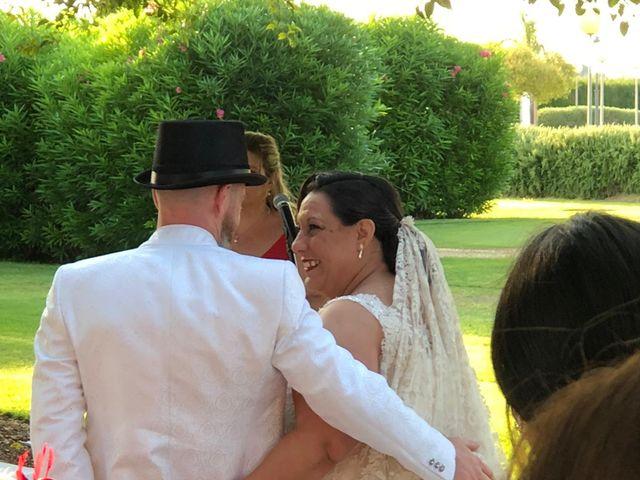 La boda de Rubén  y Amparo en Valencia, Valencia 5