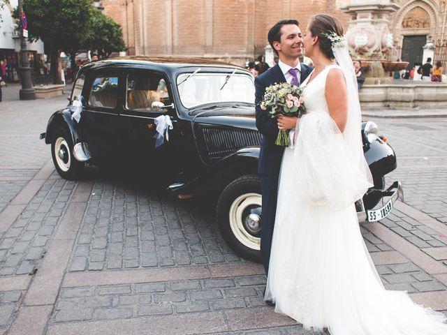 La boda de Benoit y Rocío en Sevilla, Sevilla 19
