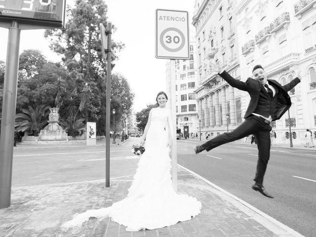 La boda de Raquel y Raul en Paterna, Valencia 20