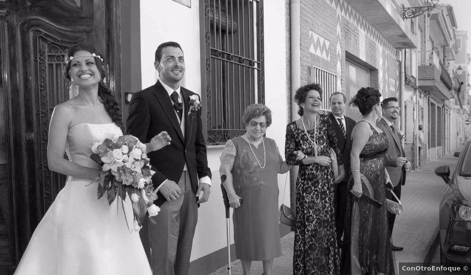 La boda de José y Mónica en Valencia, Valencia